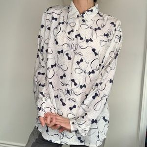 Vintage Tops - Vintage Bow Printed Collared Blouse